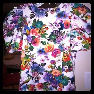 Gracia shirt!!! Amazing for work or going out!